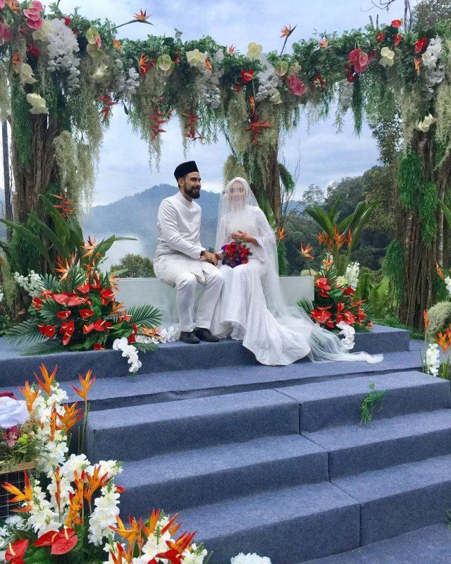 Pelamin Tema Garden Wedding