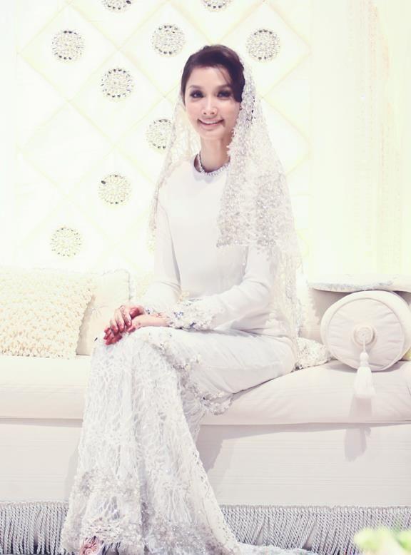 9 Idea Gaun Nikah Yang Pernah Disarung Oleh Finalis Dewi